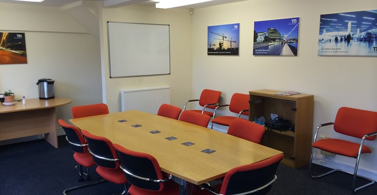 Meeting/training room available to hire in Royston - New rates!